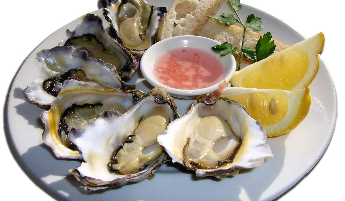 Ostrygi i inne owoce morza