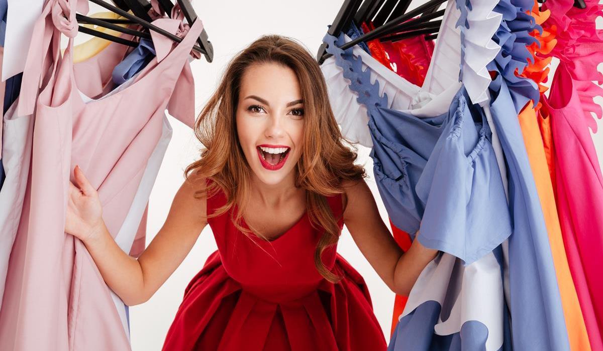 taping biustu, a wybór sukienek